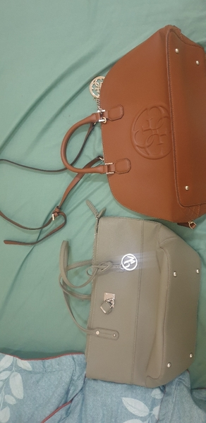 Used Nine west and guess bag new authentic in Dubai, UAE