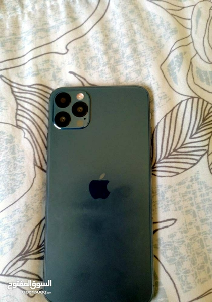 Used Iphone 12 pro max(( copy)) in Dubai, UAE