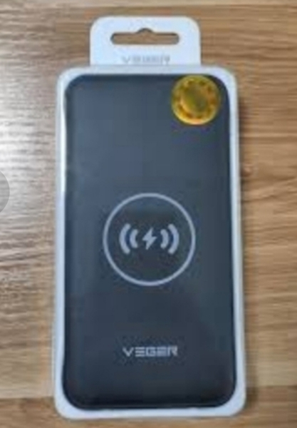 Used VEGER POWER BANK 20000MAH WIRELESS 🎉🎉 in Dubai, UAE