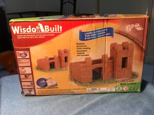 Used Children's DIY structures toy.,: in Dubai, UAE