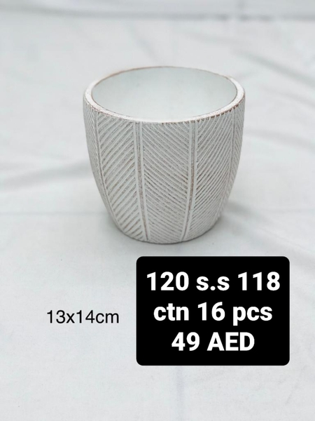 Used Pot for plants in Dubai, UAE