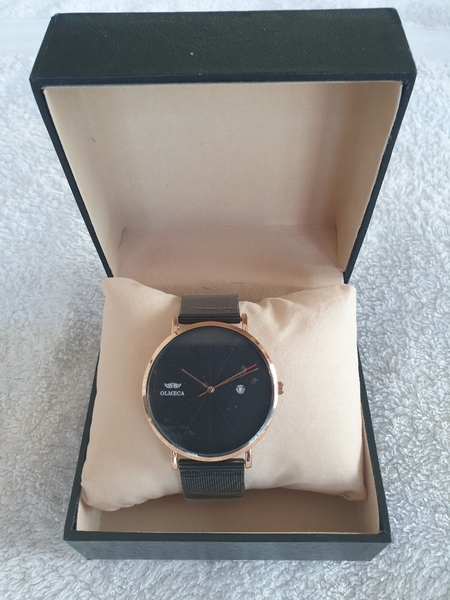 Used MEN'S FASHION WATCH in Dubai, UAE