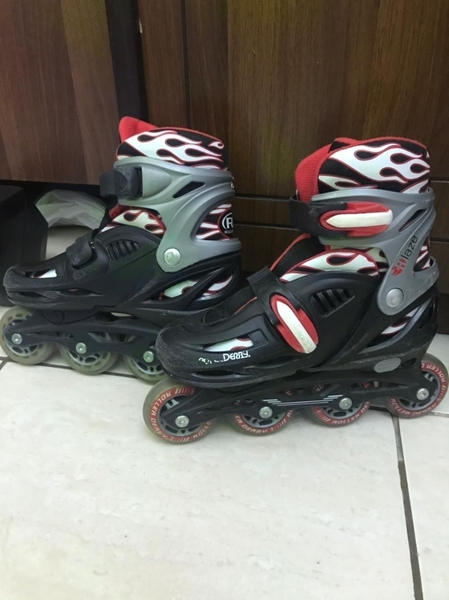 Used Roller blades red color in Dubai, UAE