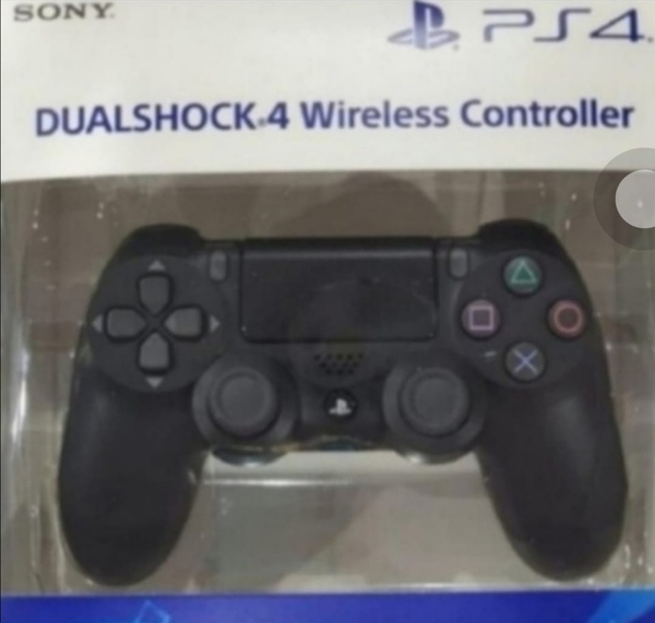 Used NEW ONE.. PS4 CONTROLLER FOR GAMING GET in Dubai, UAE
