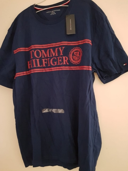 Used New Original tommy Hilfiger tshirt in Dubai, UAE