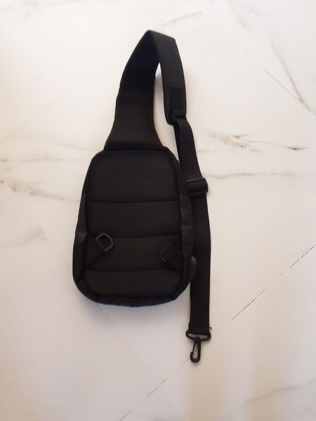 Used Water proof business chest bag in Dubai, UAE