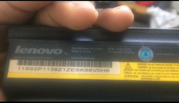 Used Compatible lenovo  battery and charger in Dubai, UAE