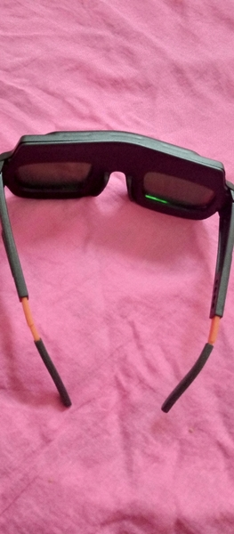 Used Automatic color changing welding glasses in Dubai, UAE