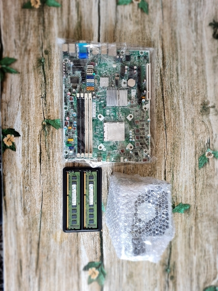 Used HP motherboard and power supply with 2GB in Dubai, UAE