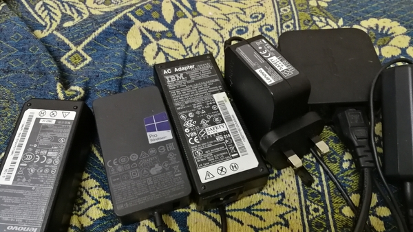 Used Laptop charger in Dubai, UAE