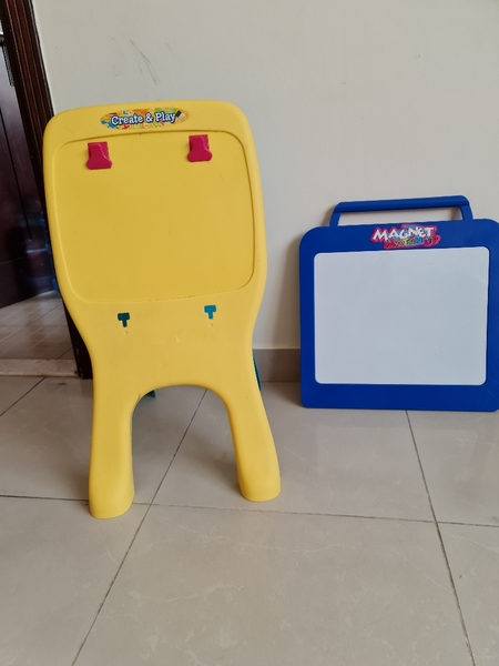 Used LCD Magnetic & Clip Boards 3-6yrs in Dubai, UAE