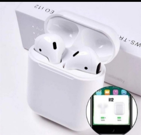 Used I12 INPODS GREAT DAY BUY NOW in Dubai, UAE