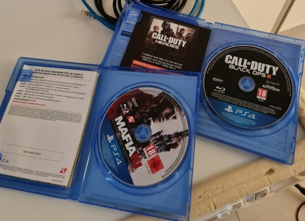 Used Playstation 4 Games Discs PRICE FOR BOTH in Dubai, UAE