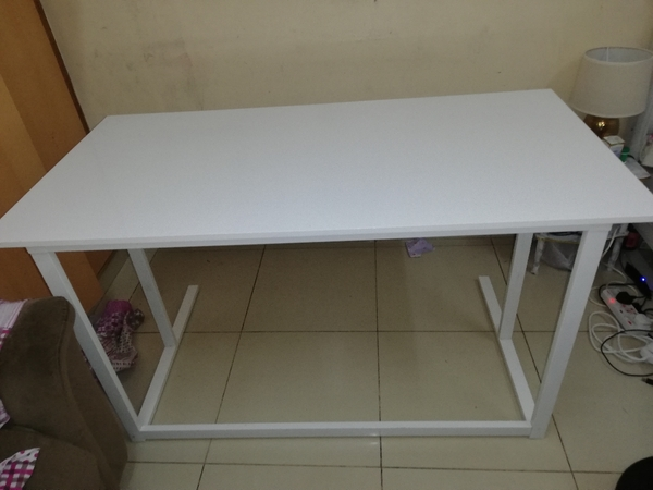 Used Dining or study table in Dubai, UAE