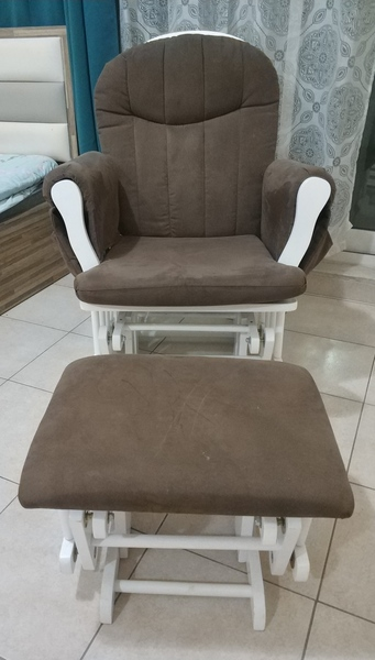 Used Reclining comfort chair with footrest in Dubai, UAE