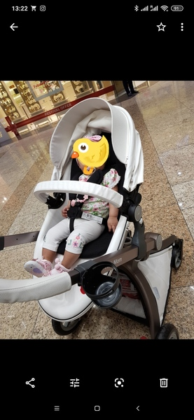 Used Baby stroller Hot mom in Dubai, UAE