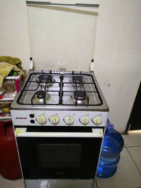 Used Cooking Range, cylinder and Oven in Dubai, UAE