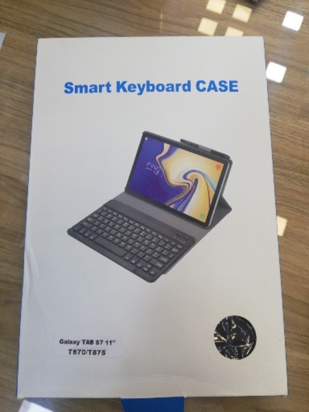 Used smart keyboard case for upto 11inch tab in Dubai, UAE
