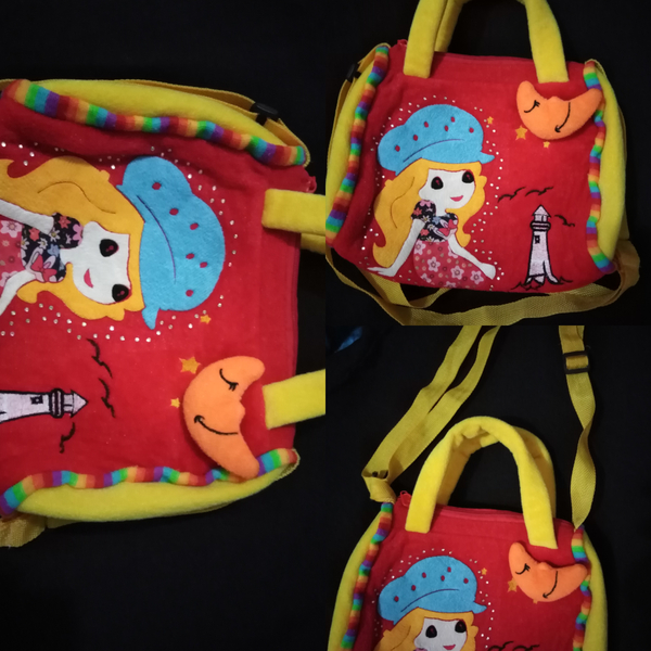 Used Small bag for girls (children) in Dubai, UAE