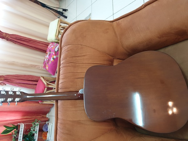 Used YAMAHA GUITAR FX 310A BRAND NEW in Dubai, UAE