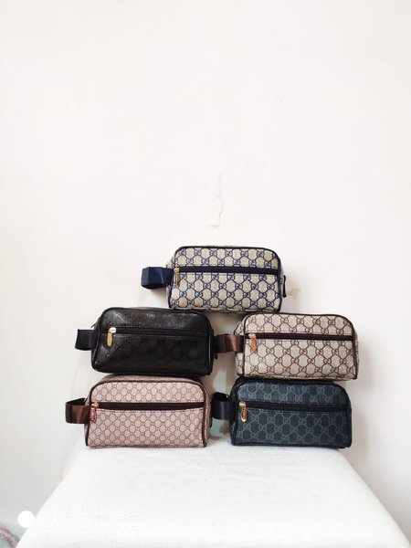 Used Pouch Gucci in Dubai, UAE
