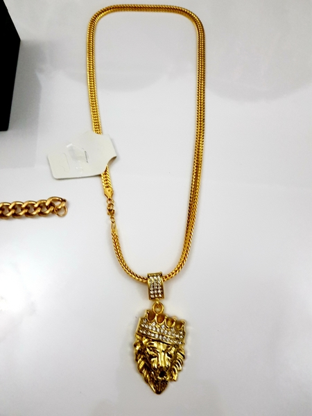 Used Men's Golden Lion Set in Dubai, UAE