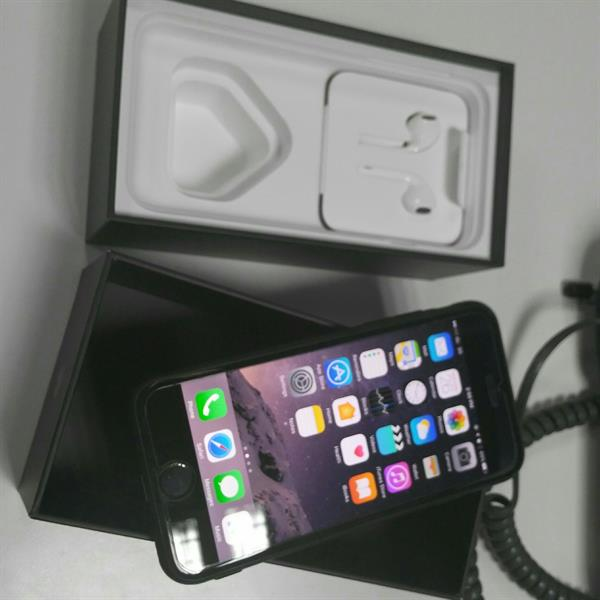 Used IPhone 7 Jet Black 256 Gb Few Days Use 10 Month Warranty Remain in Dubai, UAE