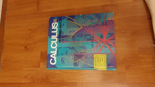 Used Math and calculas books 4 pcs in Dubai, UAE