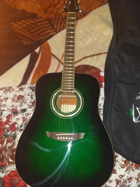Used Hainsley guitar #shoreline series in Dubai, UAE