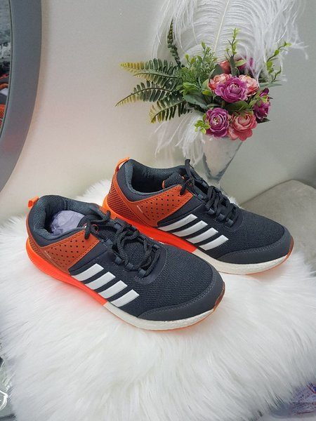Used SHOES 43 BEST QUALITY NEW BRAND 9 in Dubai, UAE