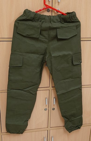 Used Pant for him, M size in Dubai, UAE