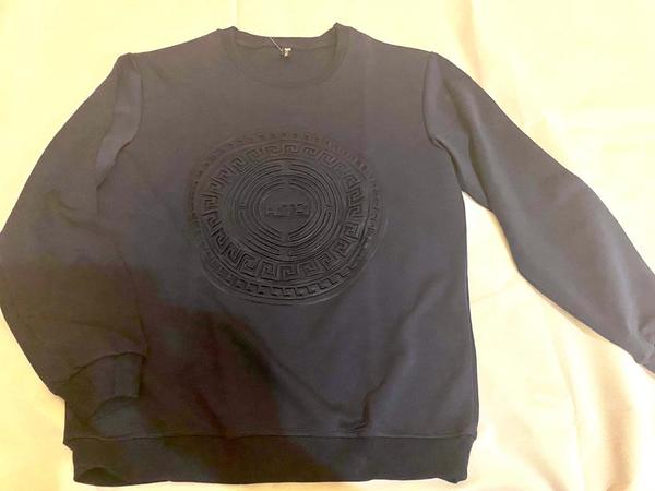 Used Mens Sweat Shirt - New in Dubai, UAE