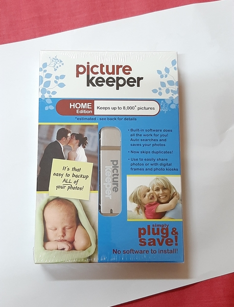 Used Picture keeper - Home Edition 2 pcs in Dubai, UAE