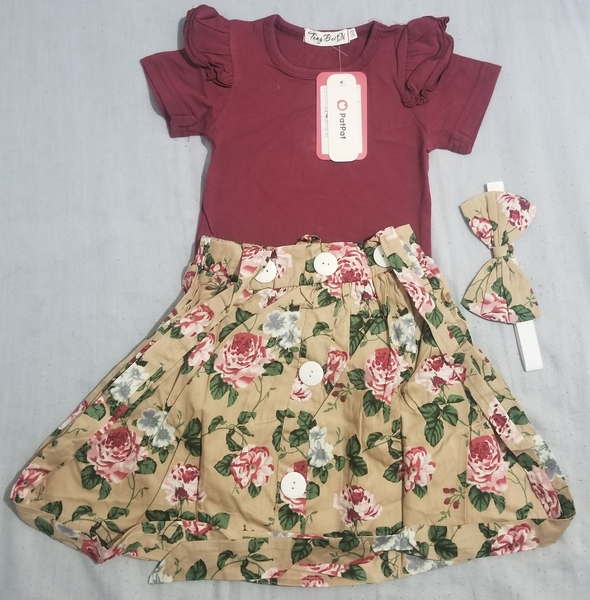 Used Patpat 6-9months baby outfits in Dubai, UAE