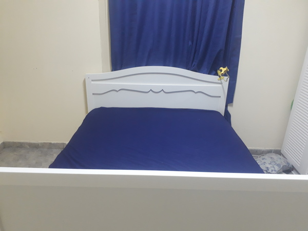 Used Safety bed king size in Dubai, UAE