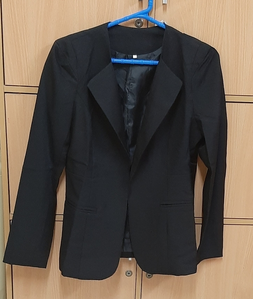 Used Blazer, L size ! in Dubai, UAE