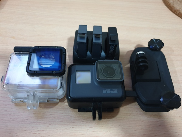 Used Gopro 5 and accessories in Dubai, UAE