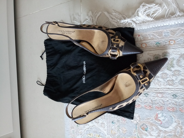Used Authentic preloved dolce and Gabbana in Dubai, UAE