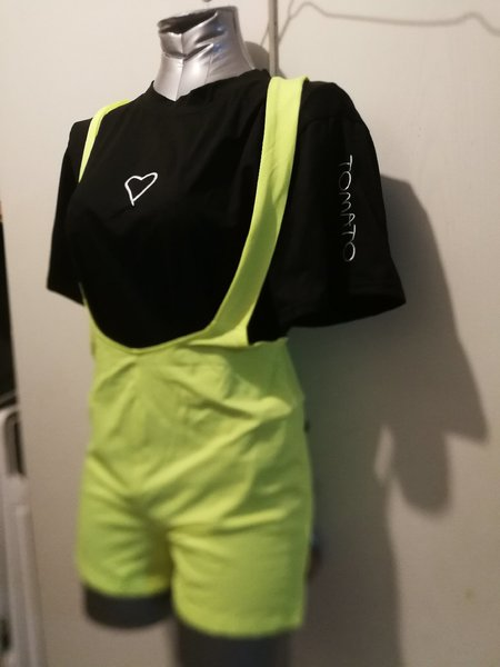 Used Brand new 2 pcs set for her size M in Dubai, UAE