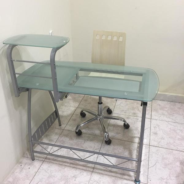 Used Office Glass Table w/Chair in Dubai, UAE